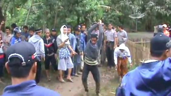 Video Pembantaian Ahmadiyah Cikeusik Opinion Hermansaksono