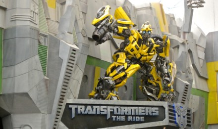 Transformers Bumblebee di Universal Singapore